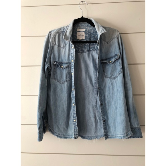 7d1b823db8eb86 American Eagle Outfitters Tops | American Eagle Western Denim Shirt ...